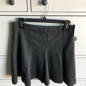 NWT Banana Republic Gray Skirt Size 2